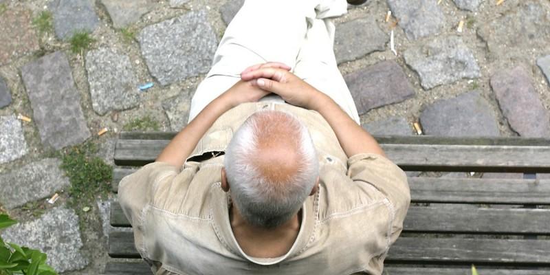 Alzheimer betrifft vor allem alte Menschen
