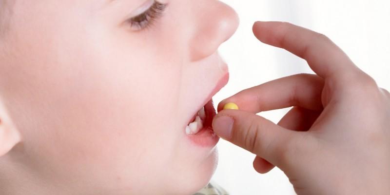 Bei bakterieller Entzündung wird ein Antibiotikum verabreicht