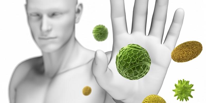 Die Übertragung geschieht meist durch Tröpfcheninfektion