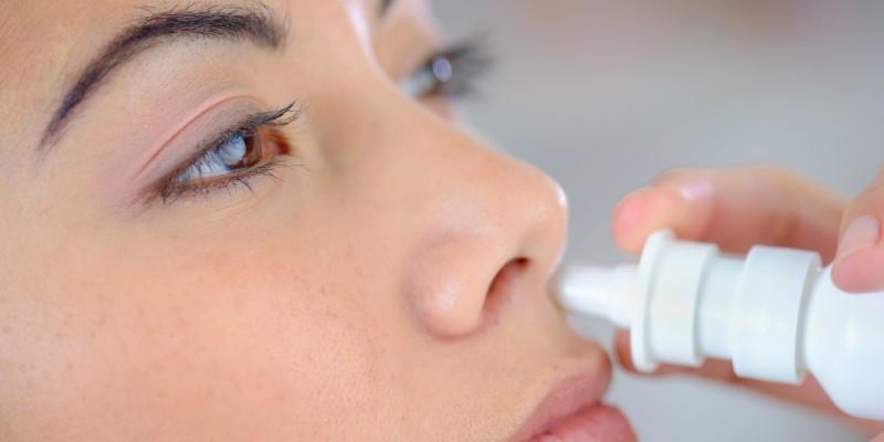 Nasenspray sorgt für ein Abschwellen der Nasenschleimhäute