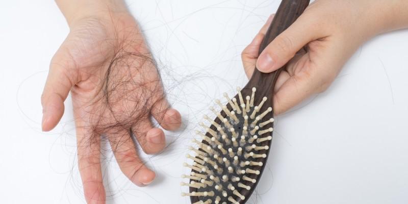 Betroffene leiden unter Haarausfall