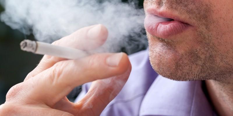 Raucher haben nicht selten eine blasse Haut