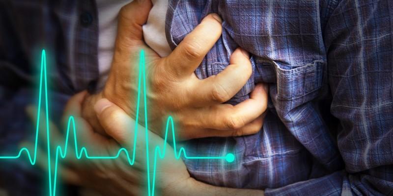 Schmerzen im Brustkorb deuten auf Herzprobleme hin