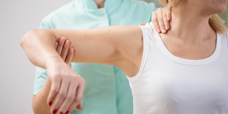 Physiotherapie an der Schulter